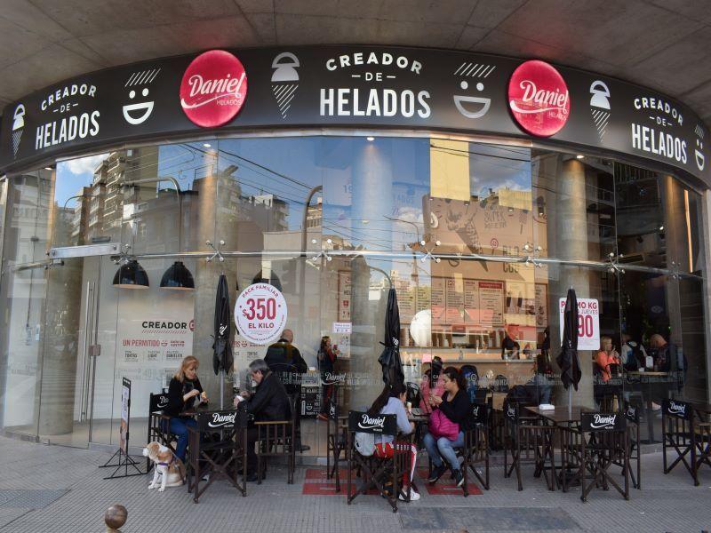 DANIEL HELADOS CADENAS DE FRANQUICIAS HELADERÍAS RETAIL INVERSIONES