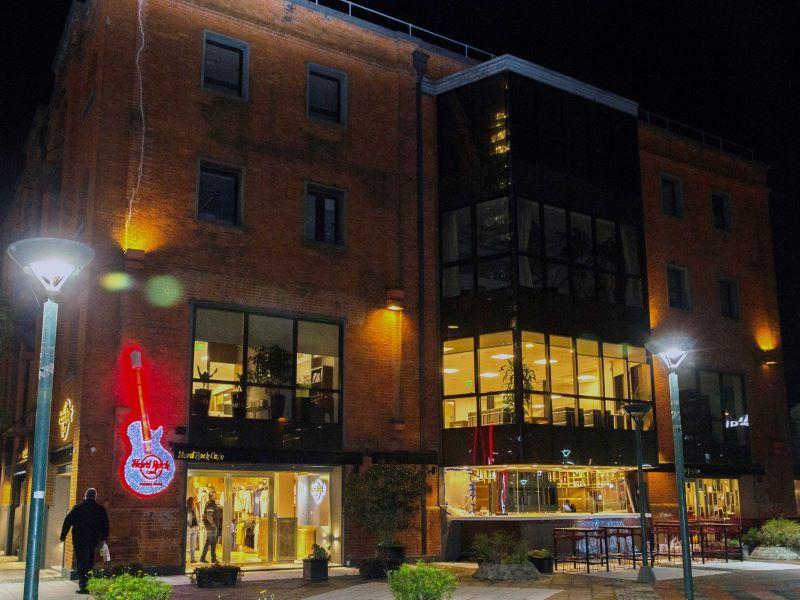 Hard Rock Cafe, Equipamiento Gastronómico, Retail, Restaurantes, Locales Comerciales