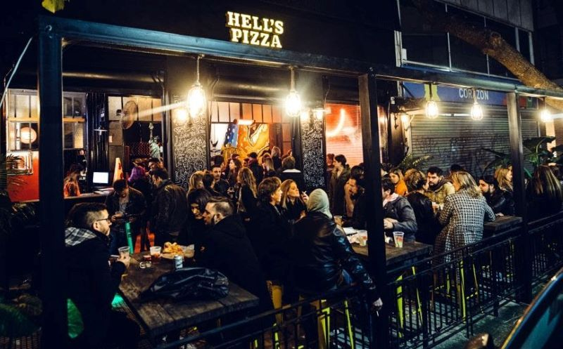 HELL´S PIZZA LOCALES COMERCIALES RETAIL