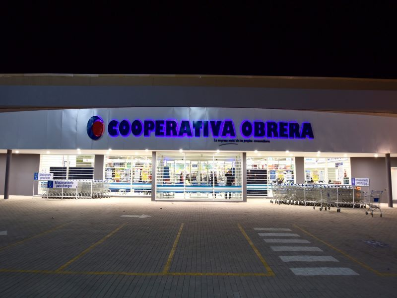 COOPERATIVA OBRERA RETAIL SUPERMERCADOS HECTOR JACQUET EQUIPAMIENTO TECNOLOGIA COVID-19 E-COMMERCE