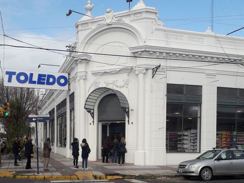 TOLEDO SUPERMERCADOS RETAIL EQUIPAMIENTO ARNEG ARGENTINA GRUPO ARNEG
